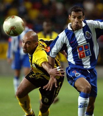 Maciel, Porto 2004 (Foto: AP)