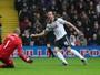 Kane e Dele Alli fazem dois gols cada, Tottenham goleia e sobe na tabela