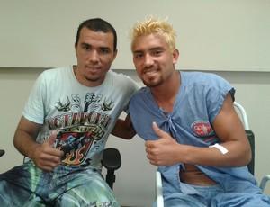 Breno, zagueiro do Campinense e Maxuell, lateral-esquerdo do Baraúnas (Foto: Divulgação / Hospital de Trauma de Campina Grande)