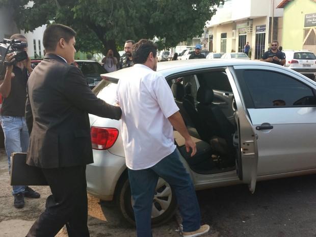 Cinco foram presos durante operação em Paraíso do Tocantins (Foto: Divulgação/Polícia Civil)