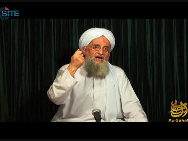 Ayman Al Zawahiri, líder da Al Qaeda, em vídeo divulgado em 26/10/12 em que conclama muçulmanos a sequestrarem ocidentais (Foto: AFP Photo / Site Intelligence Group)
