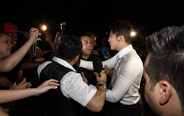 Luan Santana em casamento em São Paulo (Foto: Manuela Scarpa e Claudio Augusto / Foto Rio News)