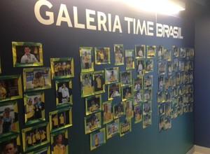 Galeria de medalhistas brasileiros, Vila do Pan de Toronto (Foto: Alexandre Castello Branco/ COB)
