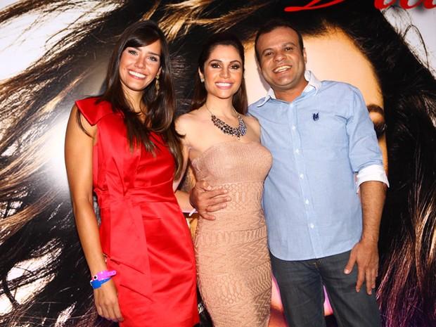 Ex-BBBs Daniel e Talula com MAria Melilo em sua festa de aniversário em São Paulo (Foto: Iwi Onodera/ EGO)