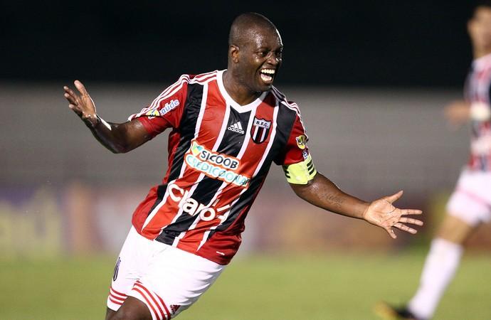 Zé Roberto, meia-atacante do Botafogo-SP (Foto: Thiago Calil/Ag. Botafogo)