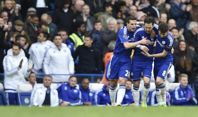 36471e7d155c6 Fàbregas comemora gol Azpilicueta e Oscar Chelsea x West Ham (Foto  Reuters    Hannah