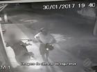 Câmeras de segurança registram roubo de moto em Santa Izabel do PA