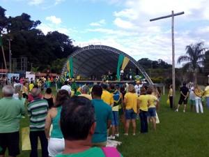 Em Garça, manifestantes se reuniram na Concha Acústica  (Foto: Fábio Nascimento/ arquivo pessoal )
