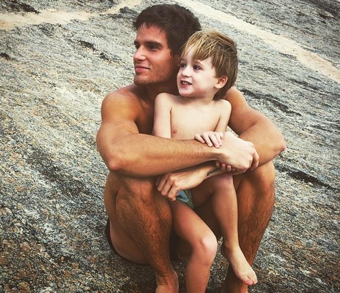 Jonatas Faro e o filho Guy (Foto: Arquivo Pessoal)