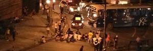 Recife: avenida é bloqueada (Eduardo Nóbrega / TV Globo)