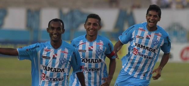 Gaibu comemora o primeiro gol contra o Icasa, pela semifinal da Série C (Foto: Paulo Akira)