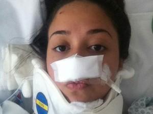 Danielle após a cirurgia realizada em janeiro.  (Foto: Lucilia Batar/Arquivo Pessoal)