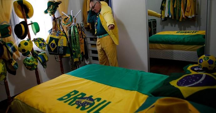 Nelson Paviotti, fanático pela Seleção (Foto: Nacho Doce/Reuters)