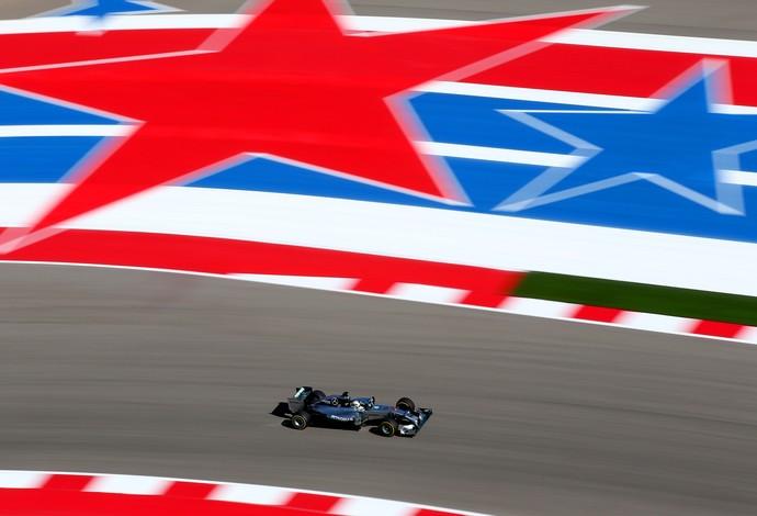 Lewis Hamilton superou Nico Rosberg por apenas 0s003 e foi o mais rápido do dia em Austin (Foto: Getty Images)