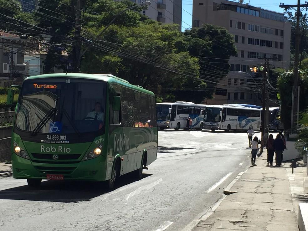 Ônibus de turismo em Petrópolis (Foto: Divulgação/Prefeitura de Petrópolis)