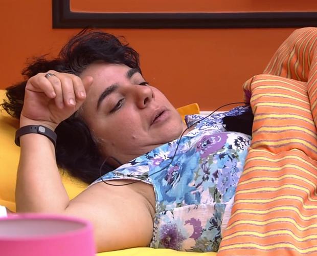 Mariza flagra beijo  (Foto: BBB / TV Globo)