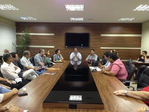 Fecomércio - AC reunião (Foto: Rayssa Natani/ G1)