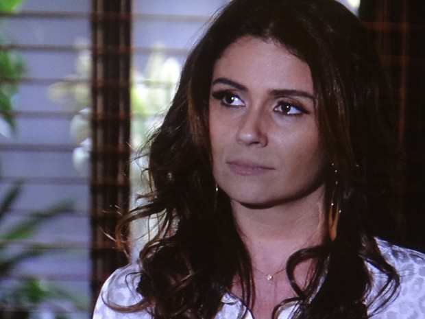 Helô descobre que Haroldo está apaixonado por Rosângela (Foto: Salve Jorge/TV Globo)