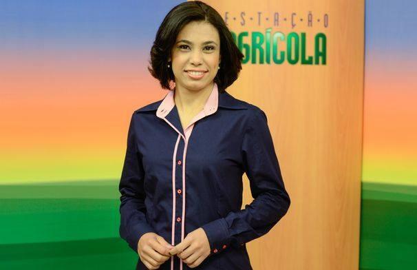 Paulla Azevedo apresenta o Estação Agrícola deste domingo, 20. (Foto: Divulgação / TV Sergipe)