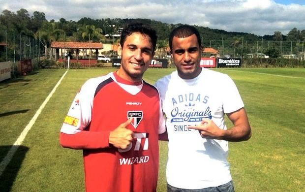 Régis, meia do América-RN e Lucas, meia do Paris Saint-Germain, atuaram juntos no São Paulo (Foto: Divulgação/Futpress)