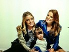Ticiane Pinheiro e Rafaella Justus posam em família para campanha
