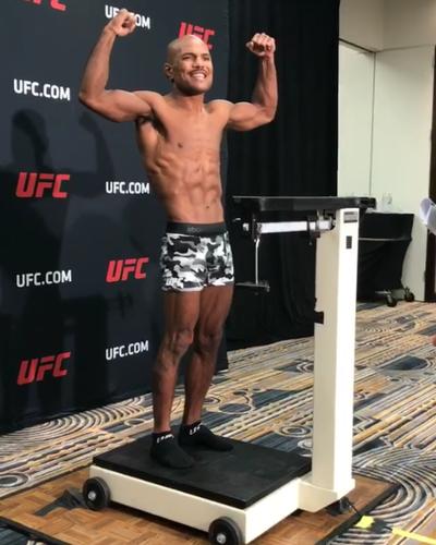 Wilson Reis aferição de peso UFC Kansas City (Foto: Ben Hur Correia)