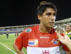 Paulo Victor entrou no segundo tempo e marcou dois gols (Foto: Henrique Pereira / Globoesporte.com)
