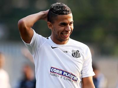 Fernando Medeiros foi promovido ao elenco profissional do Santos (Foto: Pedro Ernesto Guerra Azevedo/Santos FC)