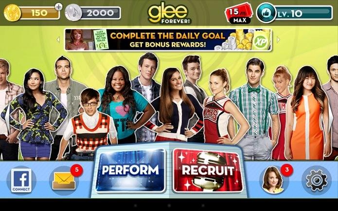 Glee Forever tem fotos dos atores e curiosidades (Foto: Divulgação / KLab Global)