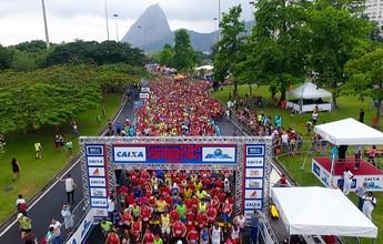 Sob chuva, Corrida de São Sebastião reúne 5 mil no Aterro do Flamengo