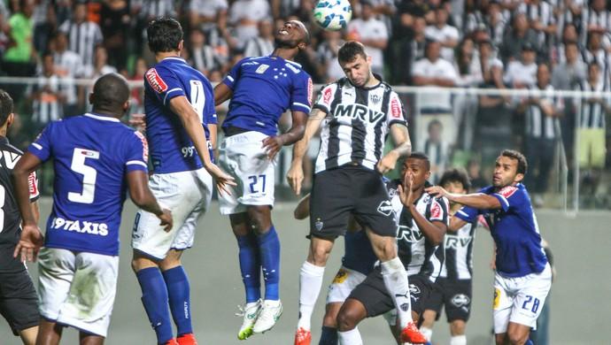 Galo e Cruzeiro se comprometem a jogar o Mineiro com times principais e436a8be4af13
