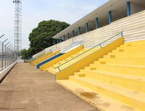 Estádio Aluízio Ferreira de Porto Velho (Foto: Daniele Lira)