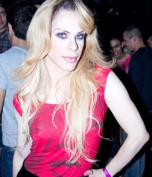 Alexia Twister - drag queen 'fechou' quando imitou a diva  (Foto: Reprodução )