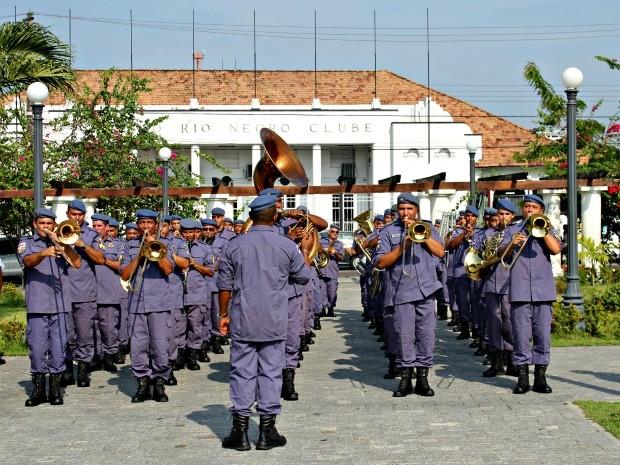 Banda da Polícia Militar do Amazonas (Foto: Adneison Severiano G1/AM)