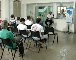 Reunião para definir a Copa Rio Sul de Futsal 2015 (Foto: RJTV 1ª Edição)