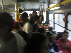 Usuária reclama de superlotação em Piracicaba (Foto: Priscila Carvalho Coimbra/acervo pessoal)