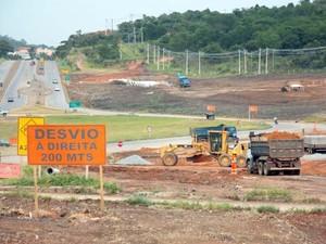 Desvio devido a obras na MG-050 em Itaúna (Foto: Nascentes das Gerais/Divulgação)