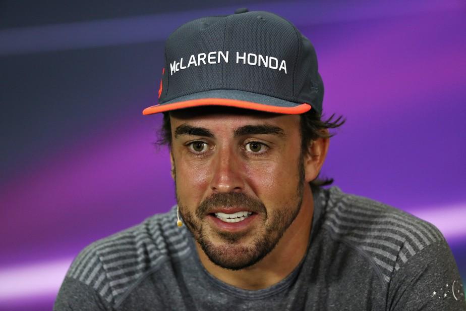 Alonso diz que correr as 500 Milhas é como