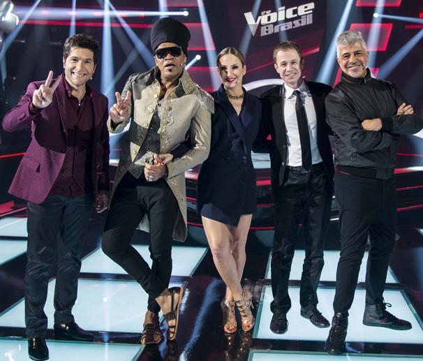 Daniel, Claudia Leitte, Tiago Leifert, Carlinhos Brown e Lulu Santos revelam quem vence o The Voice Brasil (Foto: Ellen Soares/Globo)