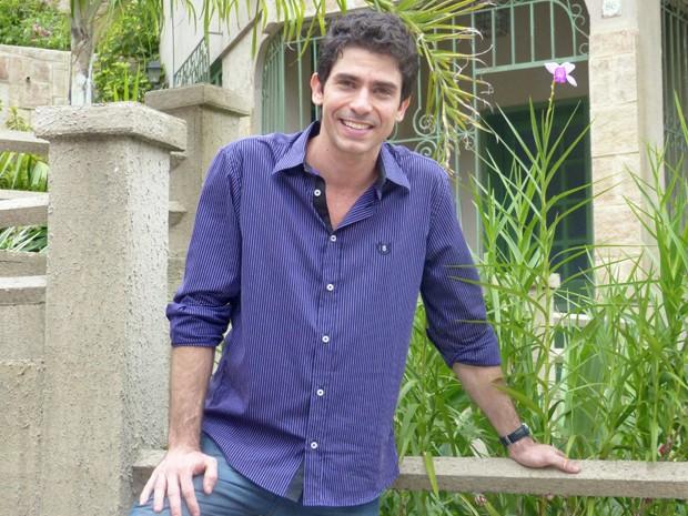 Lucci Ferreira conta que está solteiro há dois anos (Foto: Fabio Rosso/ Gshow)