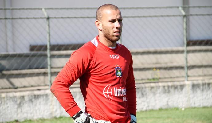 Rafael Santos, goleiro do São Caetano (Foto: Divulgação)
