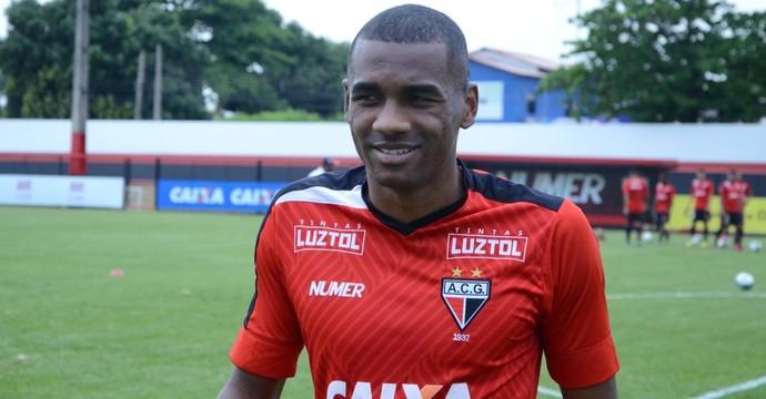 Marllon - zagueiro do Atlético-GO (Foto: Divulgação / Atlético-GO)