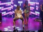 Kelly Key faz coreografia ousada durante show com Anitta no Rio