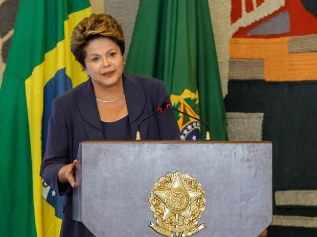 Dilma discursa na reunião do Conselho de Desenvolvimento Econômico e Social (CDES), no Palácio Itamaraty (Foto: Roberto Stuckert Filho / Presidência)