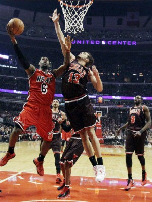 Miami Heat x Chicago Bulls - AP (Foto: AP)