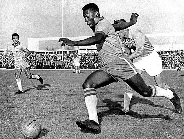 Pele Brasil x Malmo em 1960 (Foto: Reprodução)