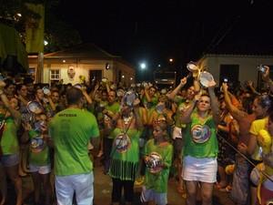 Comunidade de Santo Antônio de Lisboa participa do bloco de rua  (Foto: Zé Brasil/Divulgação)