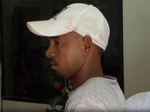 Pedreiro foi preso na cidade de Feira de Santana (Foto: Reprodução/TV Bahia)
