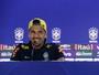 Dani Alves pede inteligência contra a Colômbia: ''Queremos jogar futebol''