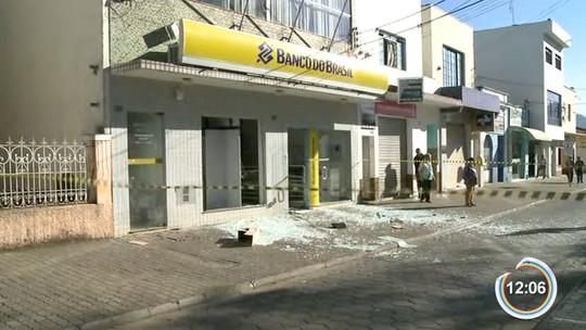 População de Joanópolis enfrenta filas após explosão no banco da cidade